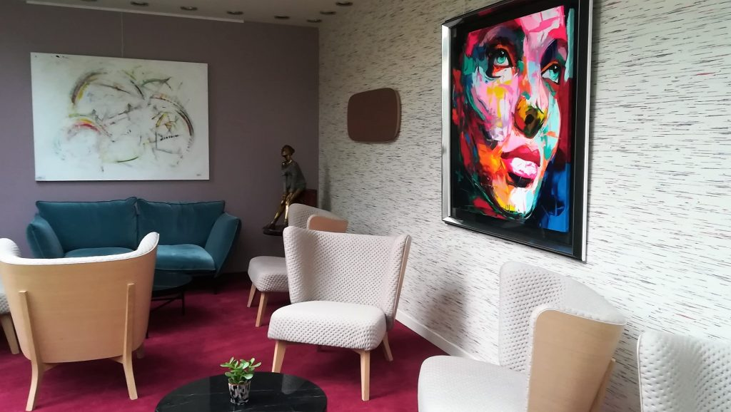 Salon d'attente de la Fontaine aux Perles Rennes
